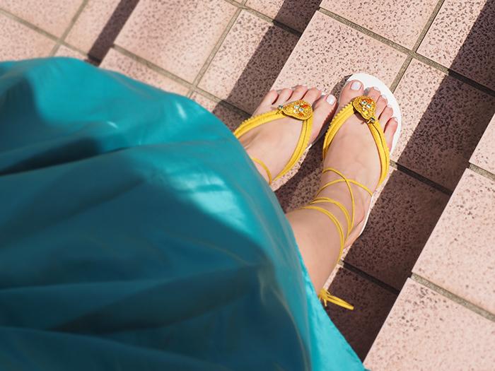 シーズンレッスン「Summer Lesson 2 ビジュー付きレースアップビーチサンダルイエロー6