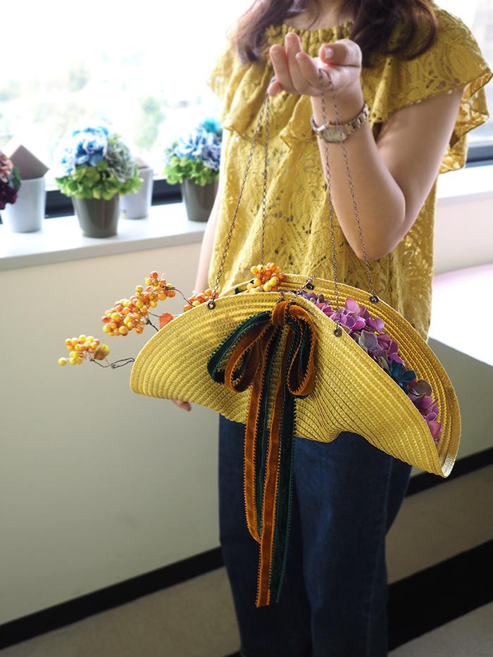 メリアルームフラワースクール 秋色アジサイのバッグ風オータムアレンジ